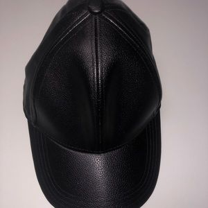 Accessories - Black leather ball cap 22433ebbe499